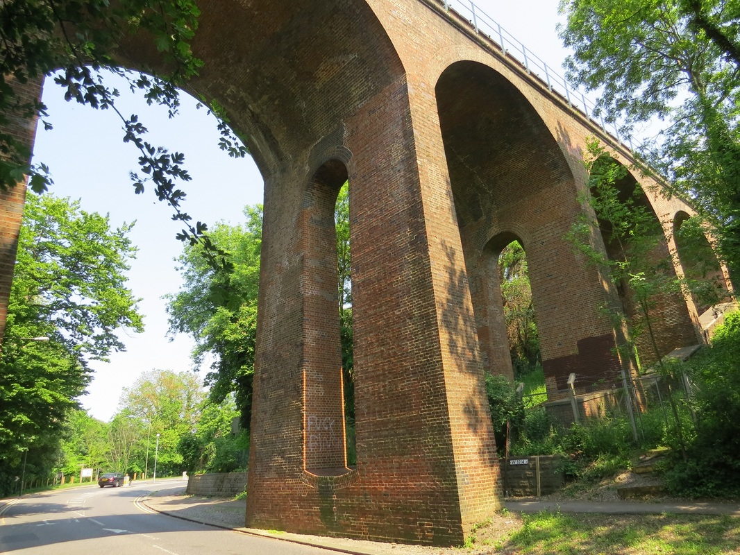 Dollis Brook Viaduct is the highest point on the London Underground above ground level,reaching nearly 60 feet (18 m)