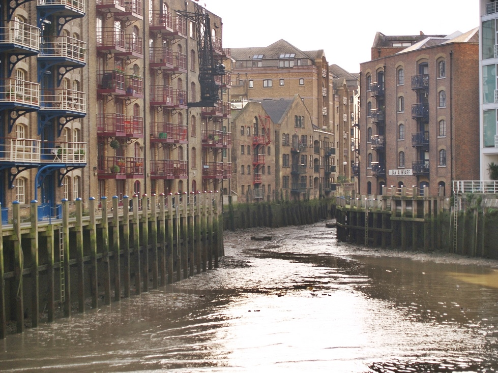 St Saviour's Dock is where the Rver  Neckinger meets the Thames
